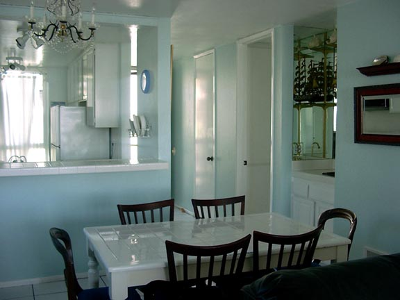 Vacation Beach Rental Oceanside CA, beachfront condo dining area, click to enlarge